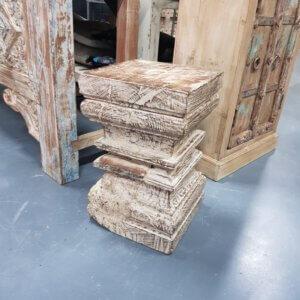 Oud houten zuil - pilota stoer wonen